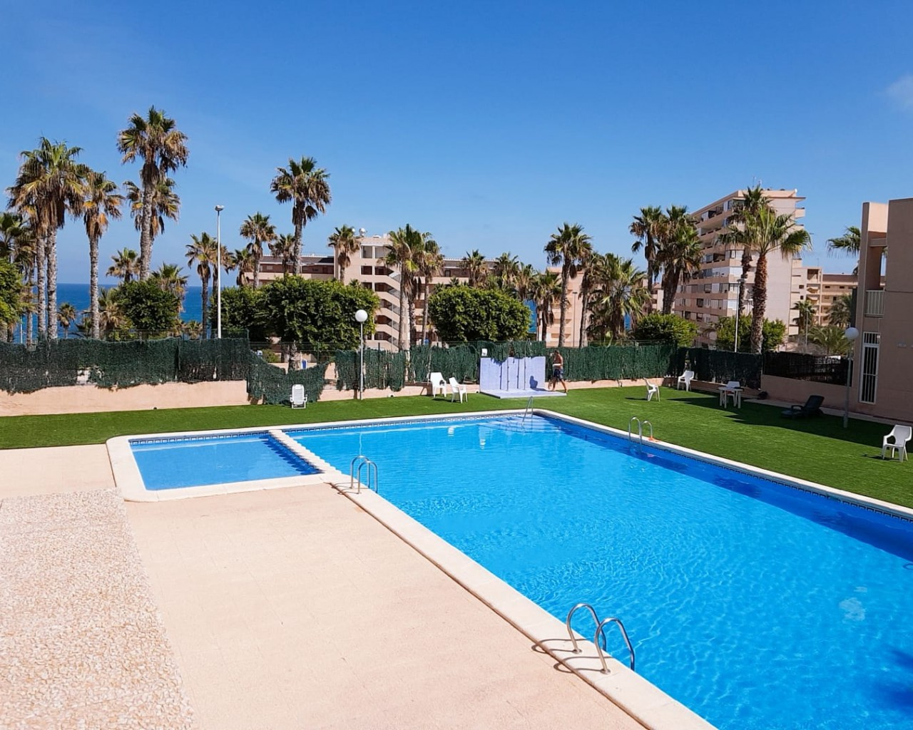 Apartment - Sale - Torrevieja - La Mata